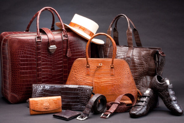 Why should US leather retailers consider imports?